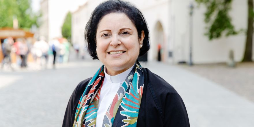 "Najla Kassab: ""The Reformed Church in the Middle East: Hopes and Challenges"""